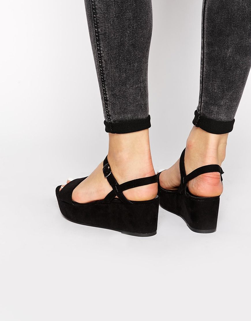 Изображение 1 из New Look Prawn Black Flatform Heeled Sandals