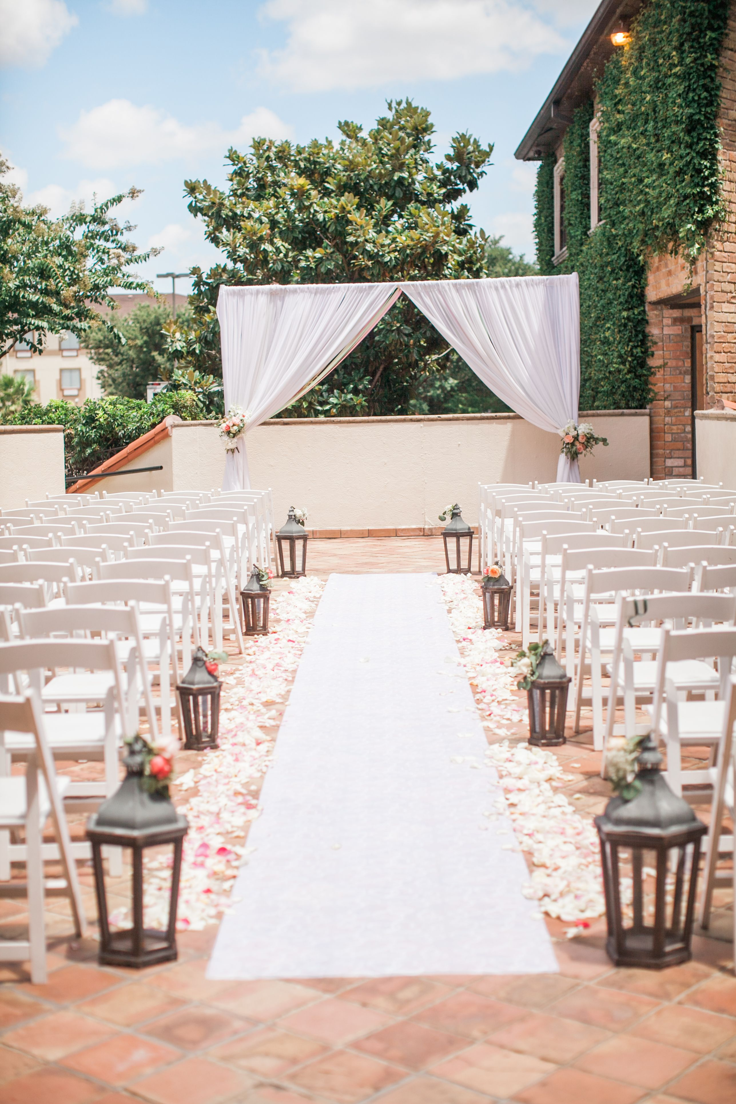 Ourdoor Ceremony Site At The Gallery Houston Wedding And Event