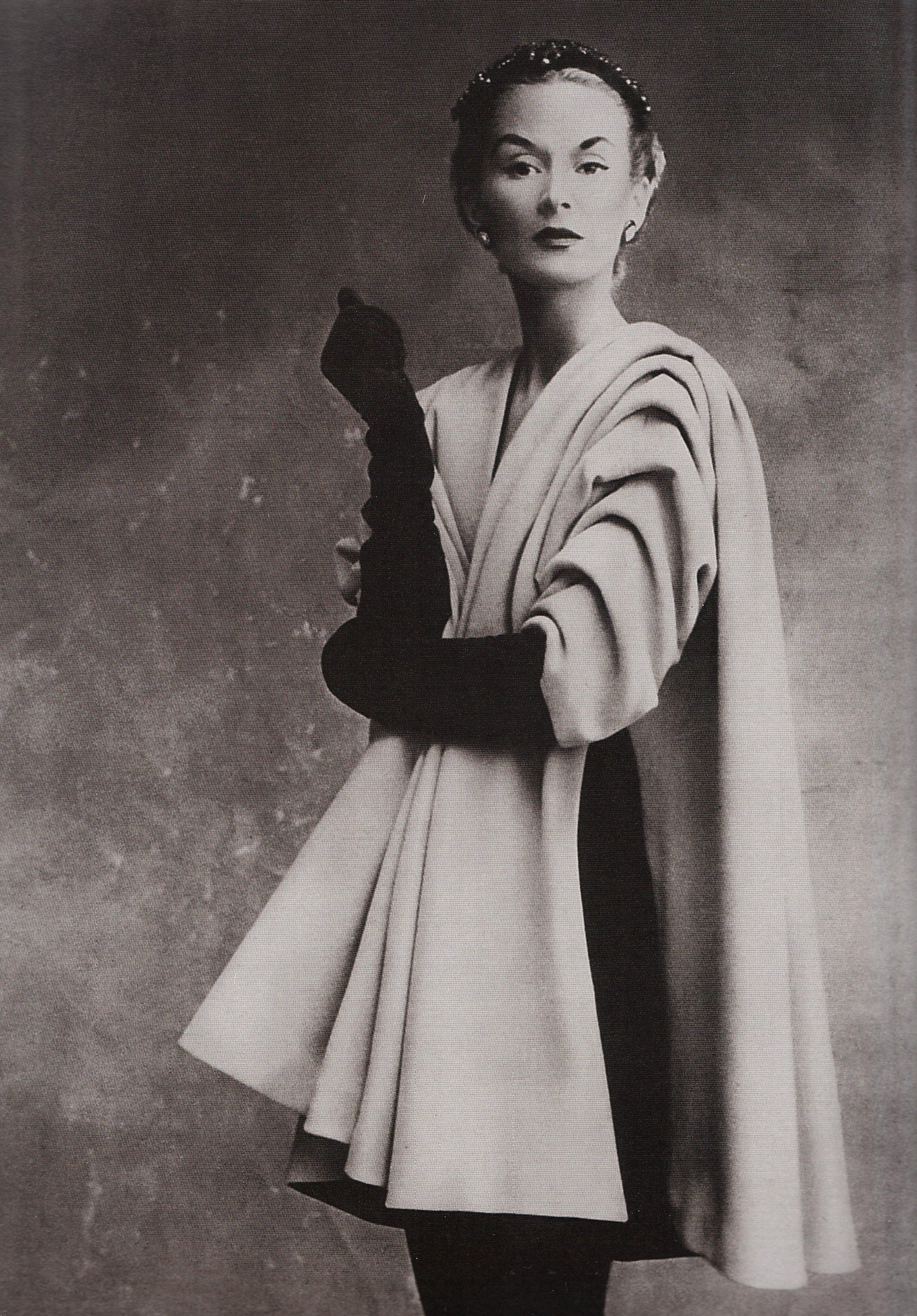 The Golden Age Of Couture Paris And London 1947 1957 Part Iii Fashion Jean Patou Fashion Photography