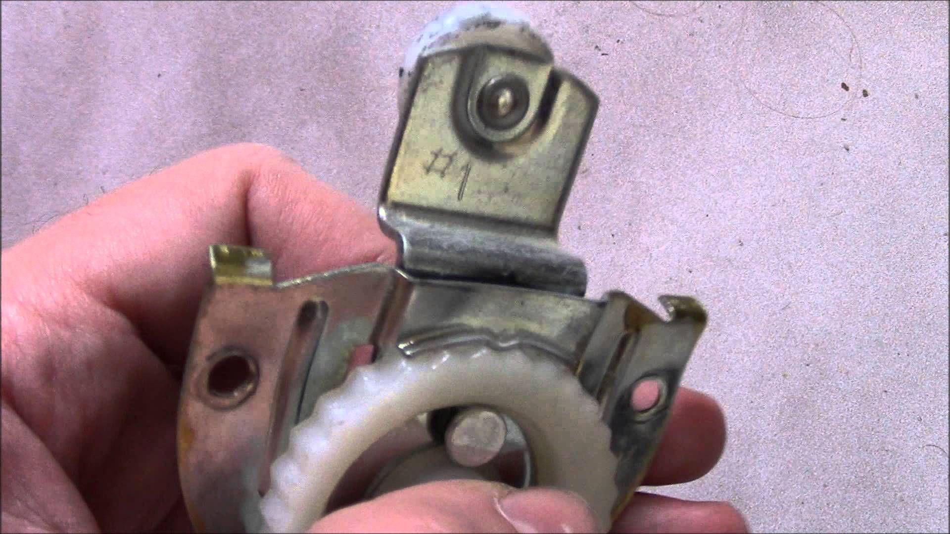 How To Fix A Stuck Sliding Closet Door 23423702 How To Install