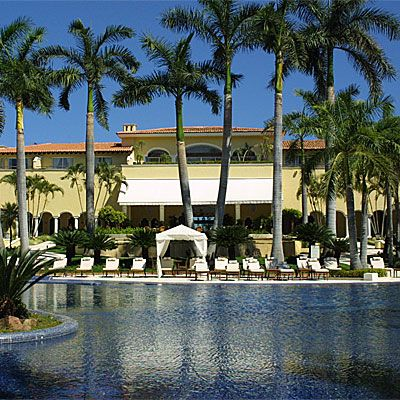 An elegant hacienda-style hotel that's an oasis of tranquillity in a major resort.