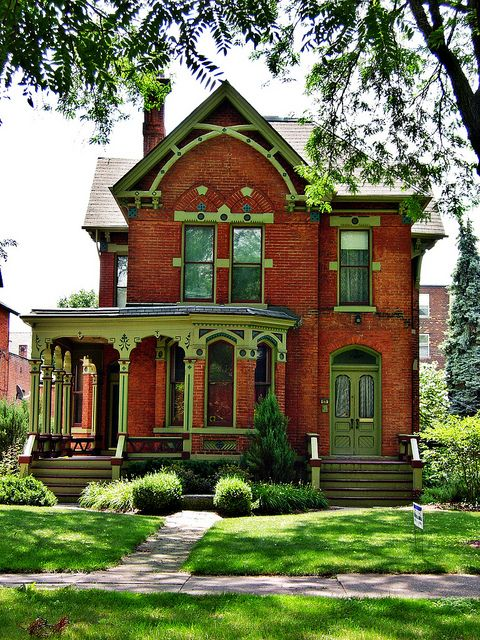 100s Of Different Victorian Homes Http Www Pinterest Com Njestates1 Victorian Homes Thanks To Victorian Homes Victorian Style Homes Historic Homes