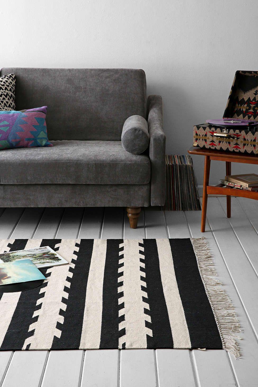 Schönes innenarchitektur wohnzimmer  locust washed arrow woven rug