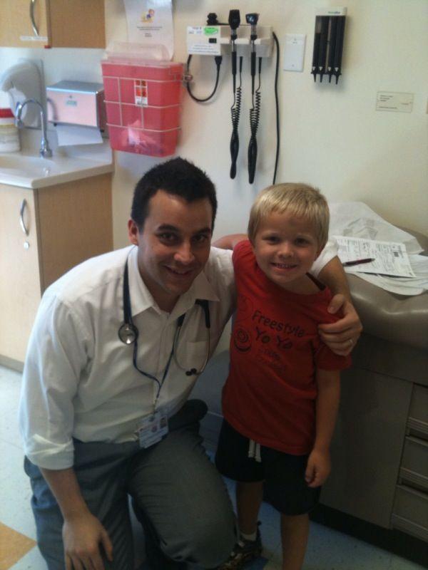Jonathan Lopez '03, pediatric neurology resident physician