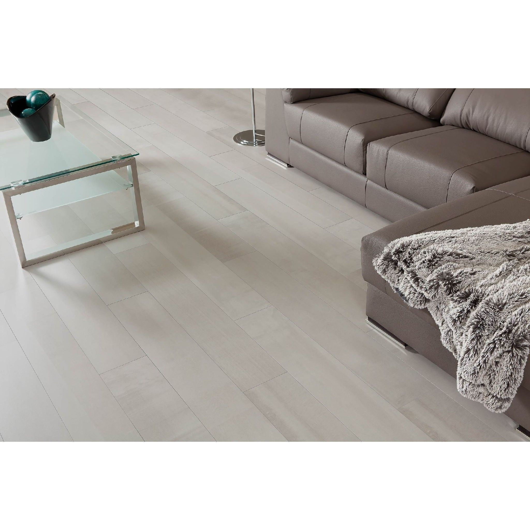 These porcelain floor tiles are so gorgeous find a variety of these porcelain floor tiles are so gorgeous find a variety of porcelain tile options on dailygadgetfo Image collections