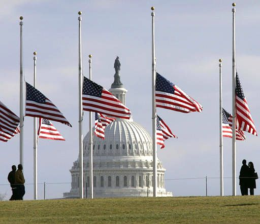 Half Staff In The Us The Term Half Mast Is Commonly Used Colloquially To Refer To Half Staff Although Us Law And Military Flags At Half Mast Half Mast Flag