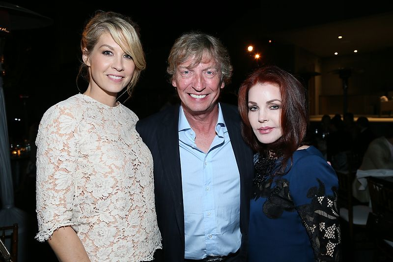 Jenna Elfman, Nigel Lythgoe of SYTYCD & Priscilla Presley at ABT Stars Under the Stars