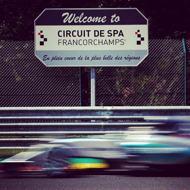 Good morning :) #LEWIS #HAMILTON #LEWISHAMILTON #Rosberg #Rosberg #GP #Mercedesamgf1 #AMG #F1 #Motorsport #Race #Cars #Benz #FormulaOne #BelgianGP #Spa