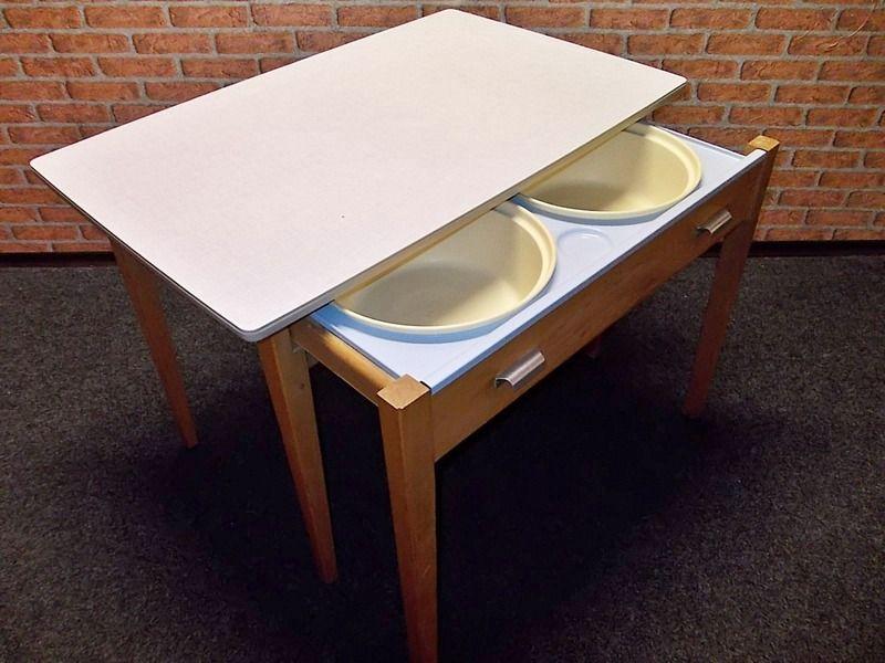 vintage 50er jahre k chentisch waschtisch vintage m bel vintage tische wei beige tisch. Black Bedroom Furniture Sets. Home Design Ideas