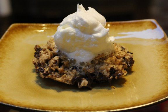 3 Minute Oatmeal Chocolate Chip Cookie