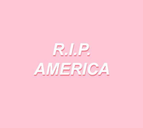 La Estatua de la Libertad es mujer y hoy está de luto