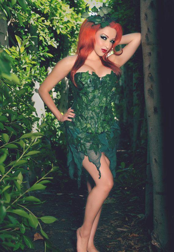 poison ivy corset | Poison Ivy 3 pc Corset Costume Set Batman Villan Custom Size on  sc 1 st  Pinterest & poison ivy corset | Poison Ivy 3 pc Corset Costume Set Batman Villan ...