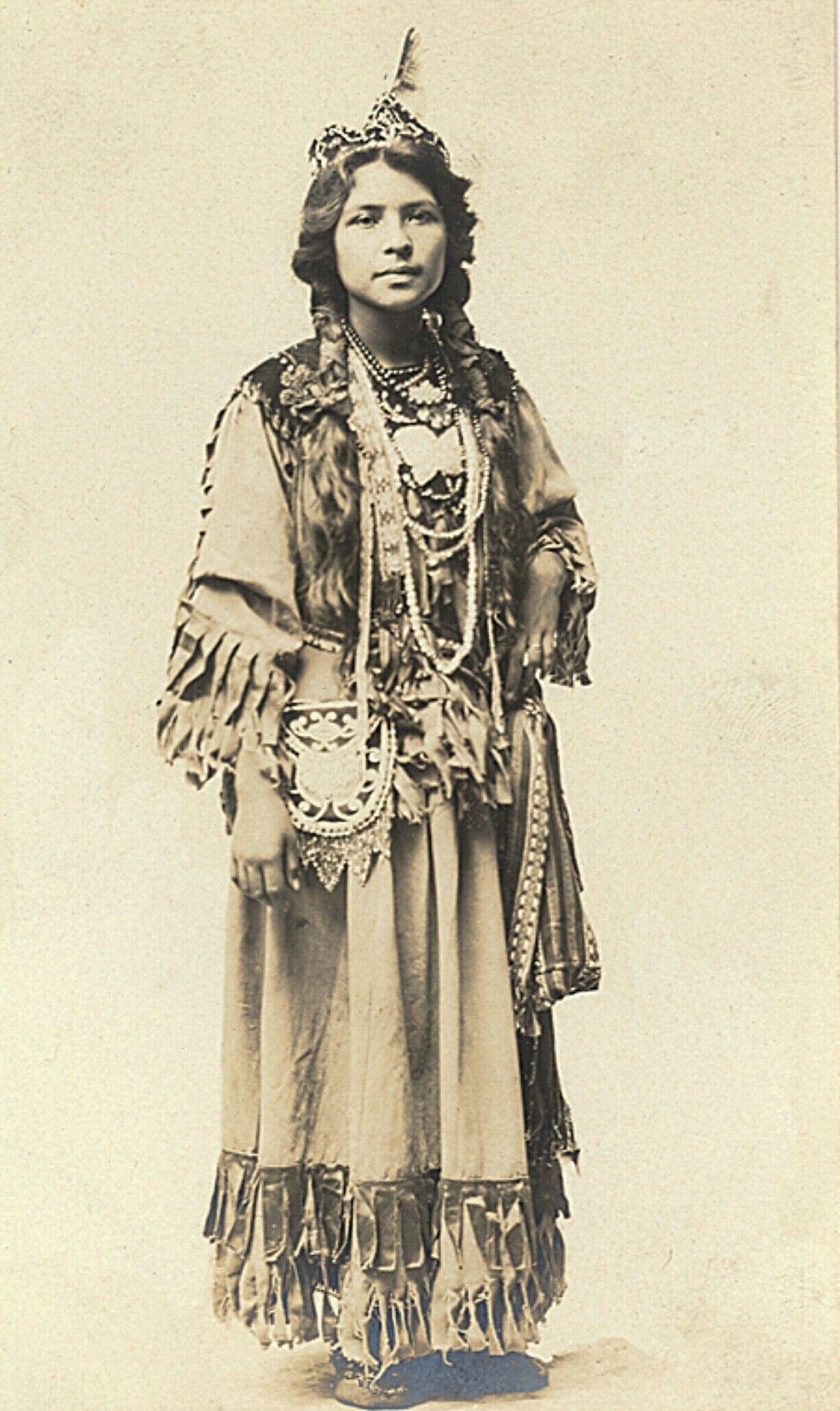 Iroquois Woman