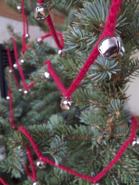 crocheted jingle bell garland christmas pinterest jingle bells