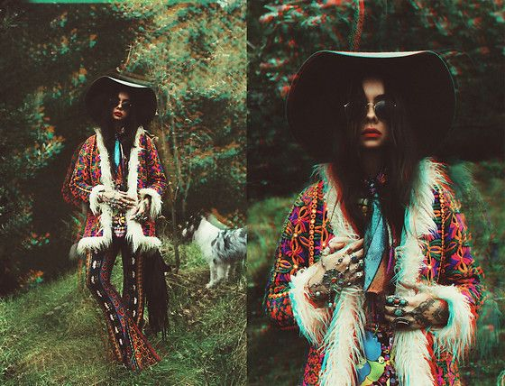 Get this look: http://lb.nu/look/8466971  More looks by Muzzy Stardust: http://lb.nu/muzzystardust  Items in this look:  Novella Royale Bells, Ooto Clothing Talulah Coat, Vintage Shirt   #artistic #bohemian #vintage