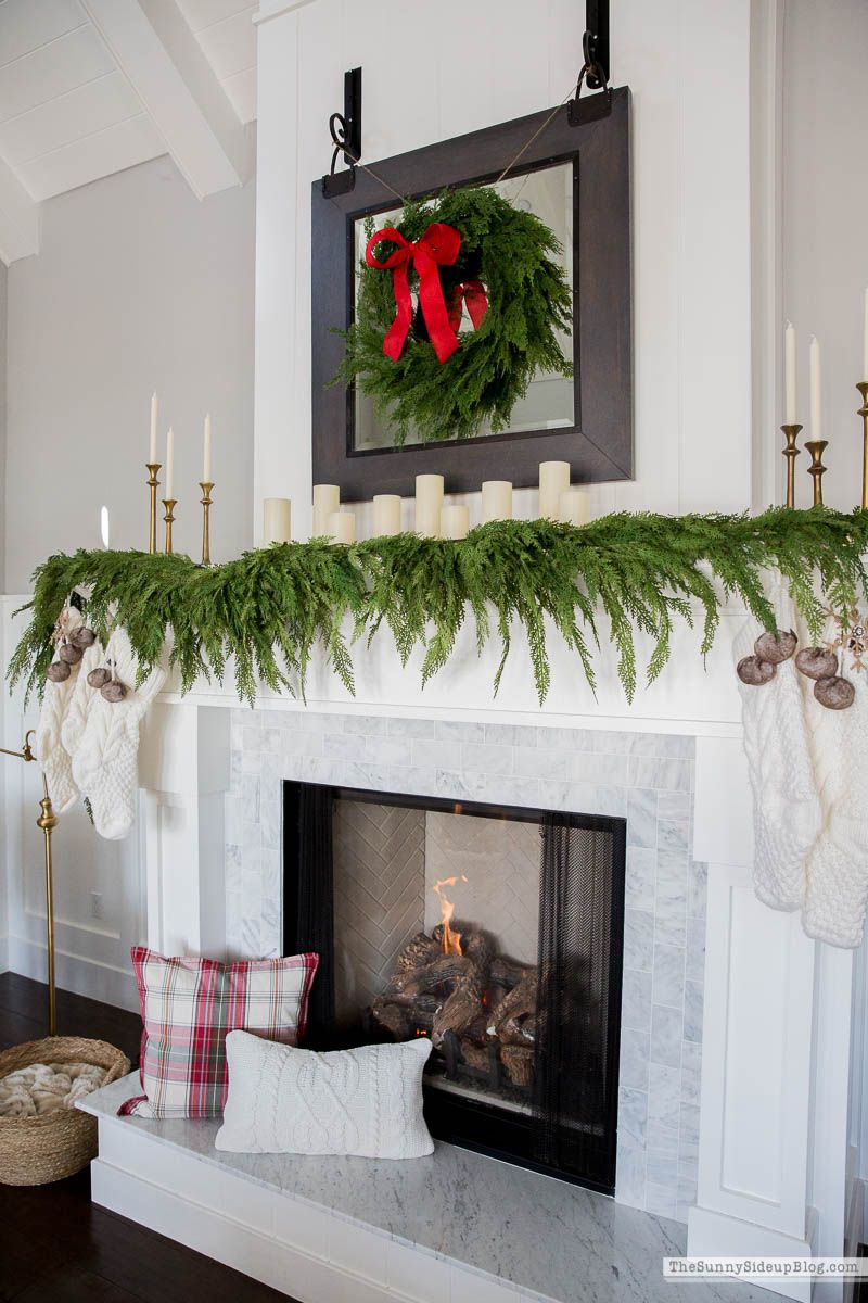 Photo of Family Room Christmas Decor – The Sunny Side Up Blog