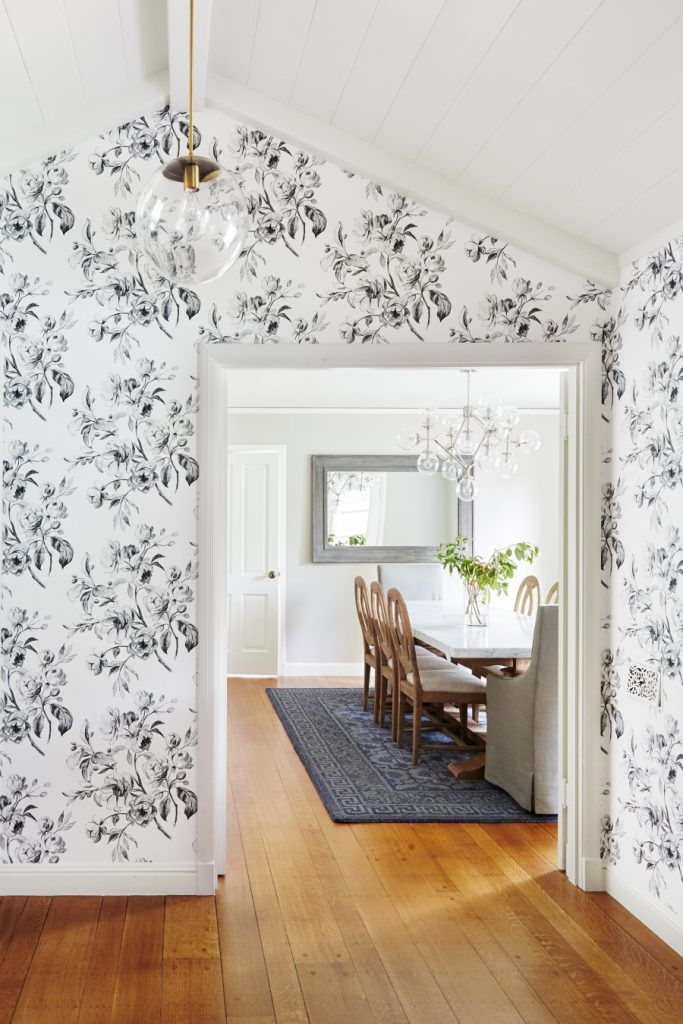 Where to Find the Perfect Farmhouse Style Wallpaper