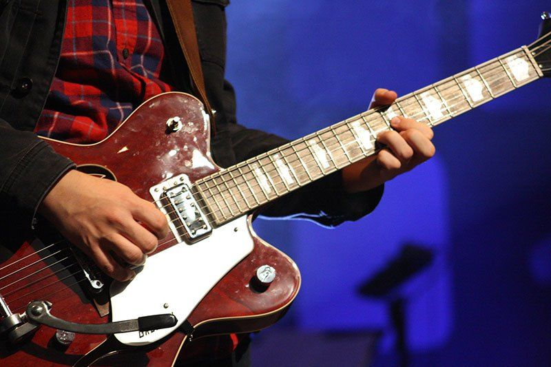 Guitar licks Learn them. Create them. Use them. (With