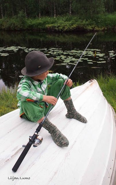 Liljan Lumo: Kalamiehelle sukat saappaisiin