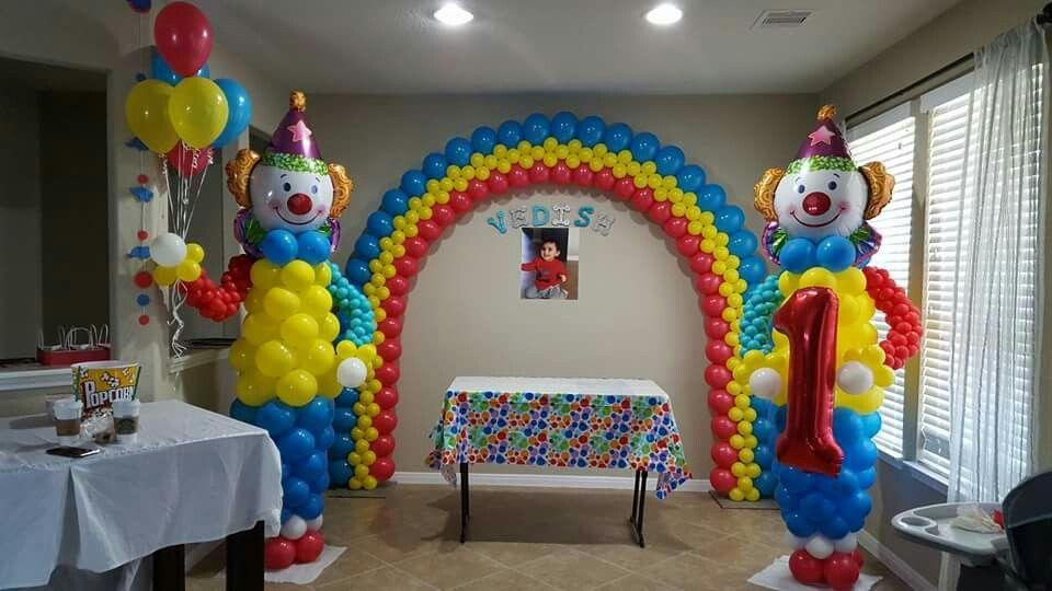 Pin von Olialia Balloons London Balloonslady auf Circus Party Ideas ...
