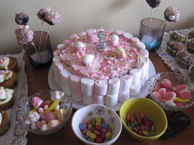 First Birthday Pretty Easy Cake