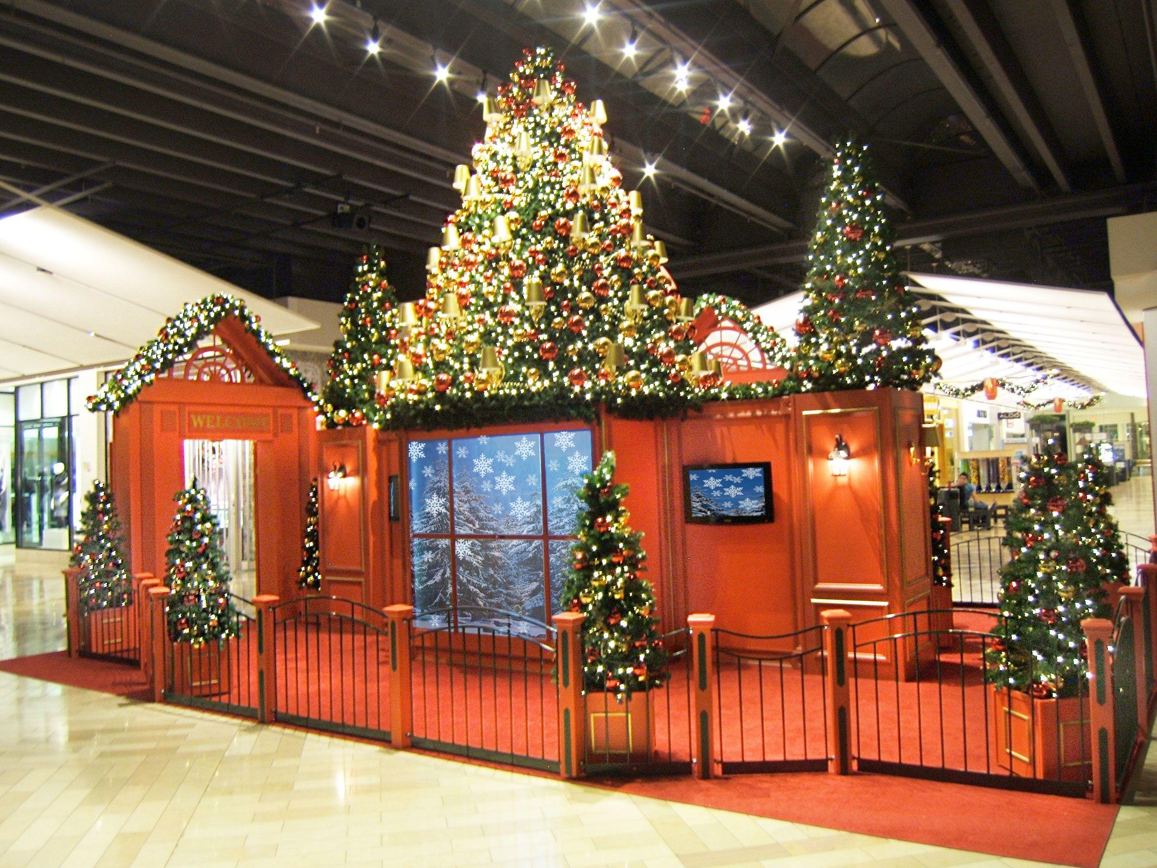 Interactive Sets within Santa Sets from Mall St. Matthews ...