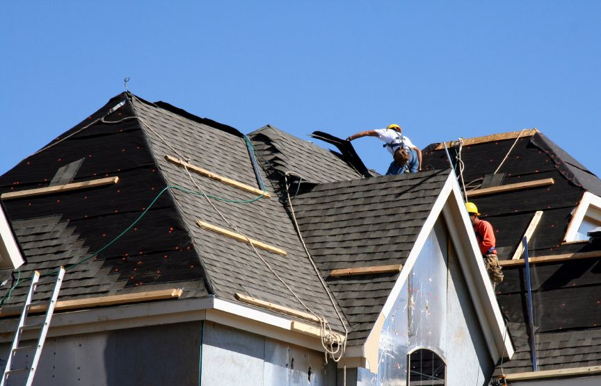 Roofing Contractor Change Your Roof Life For Ever Mesquite Roofers Is Famous For Their Quality Work Http Www Thetopremodelers Com Mesquite Texas Roofing Con