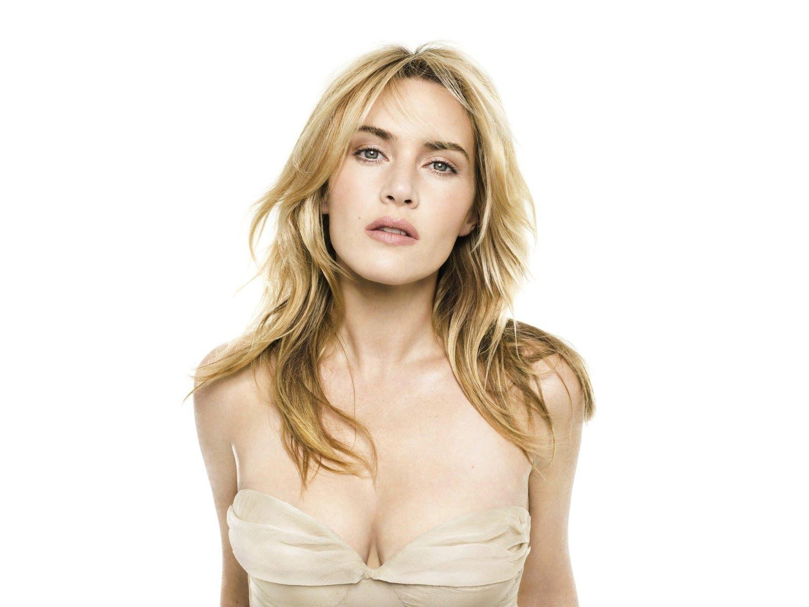 Amber coney hot boobs