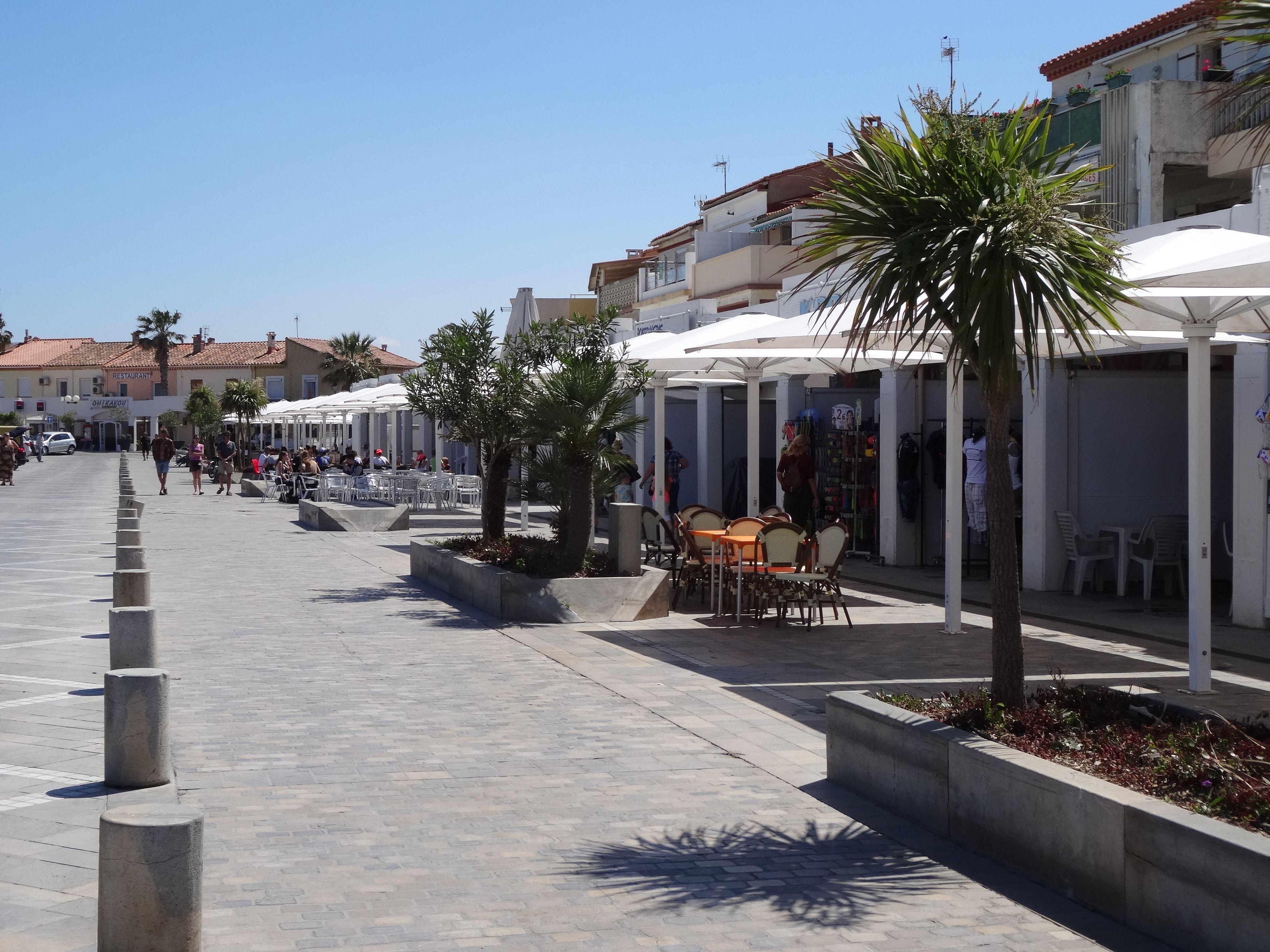 Het mooie Barcares is de ideale plaats voor om in het seizoen rond te hangen (strand - resto's - winkeltjes - marktjes - en tal van evenementen)