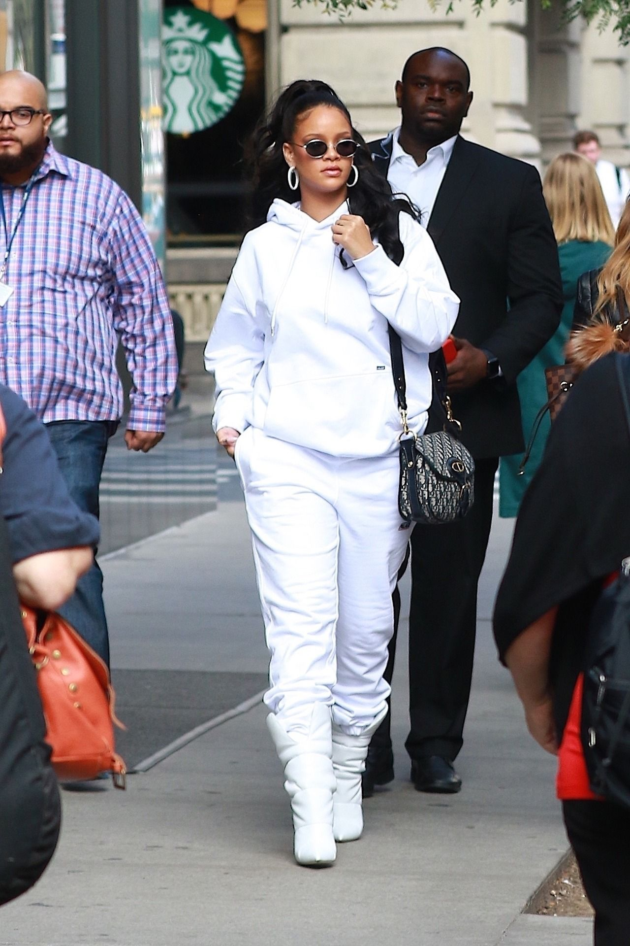 b13d3860f16 Rihanna out in New York. (October 13