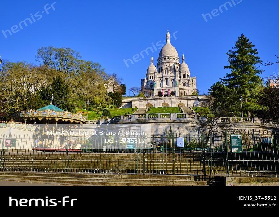 Paris 2020 au temps du confinement en 2020 Montmartre