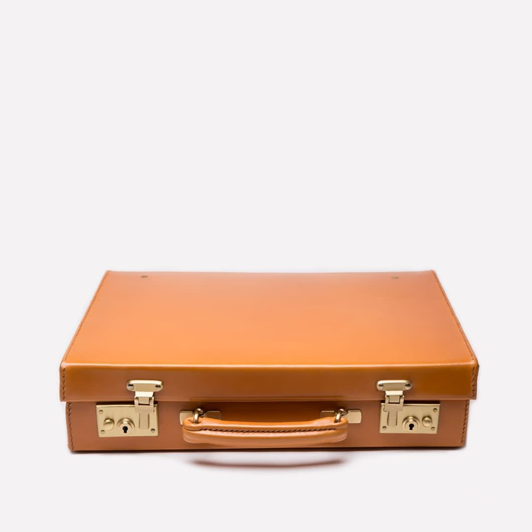 Ettinger London – Luxury Leather Goods – St. James Lid-Over Attaché Case in London Tan.