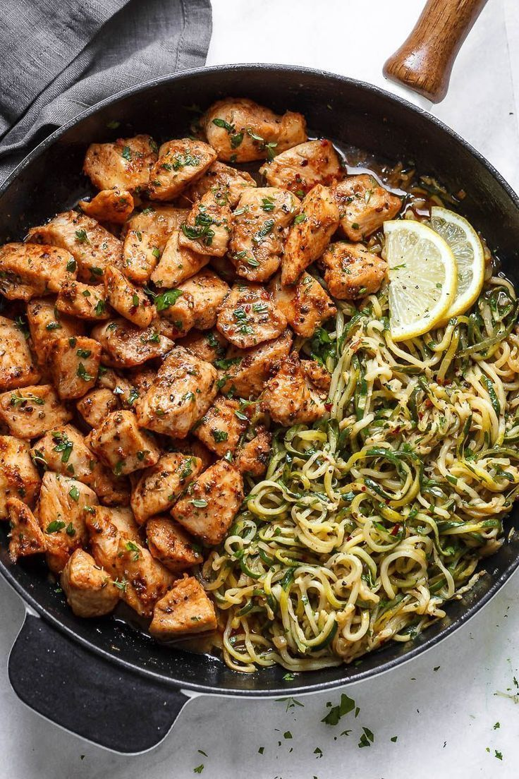 Photo of Garlic butter chicken pieces with lemon zucchini noodles – they are so …
