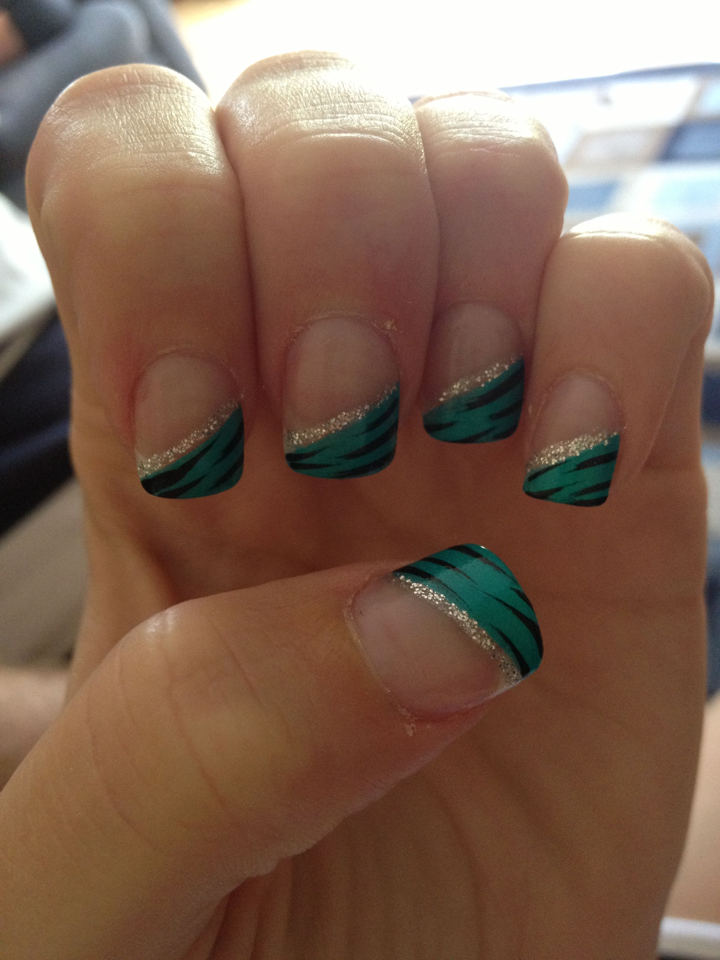 I Need To Find Someone To Do This To My Nails!!!! @Twylla