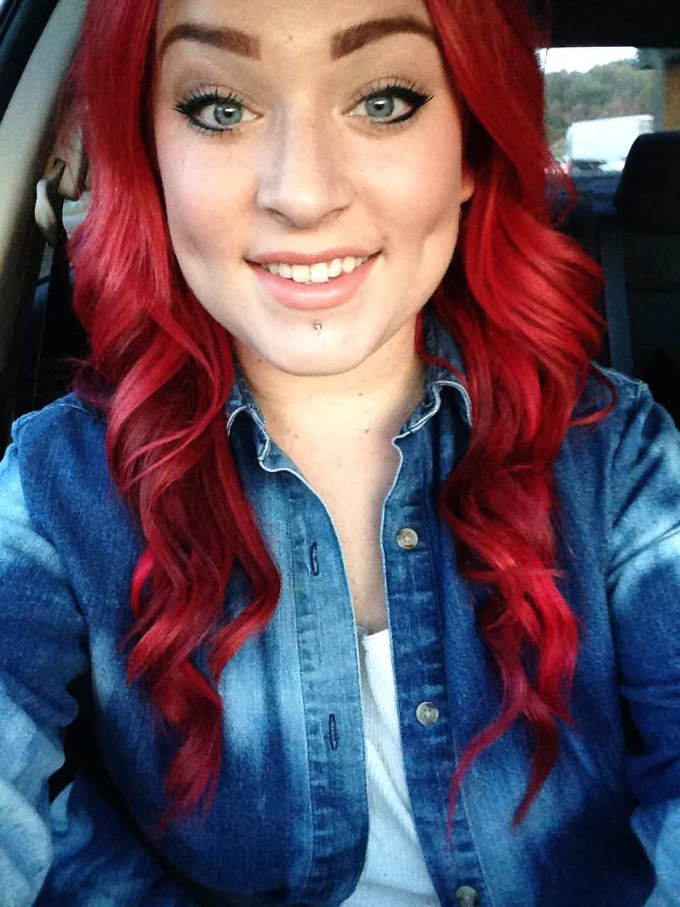 long red hair bright labret