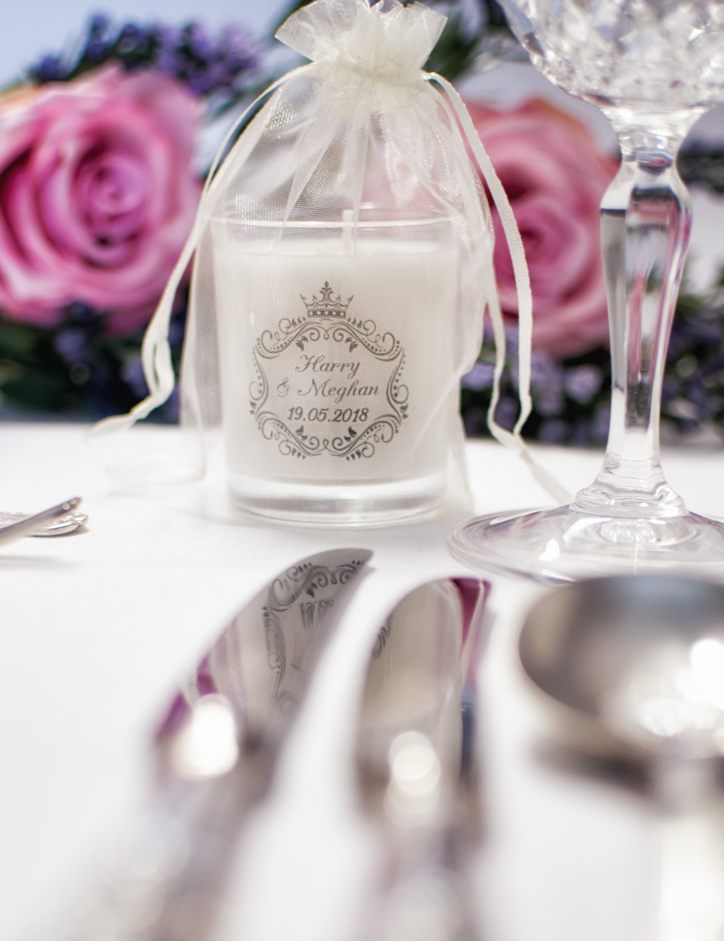 Personalised Wedding Favour Candles | Wedding favour candles, Favors ...