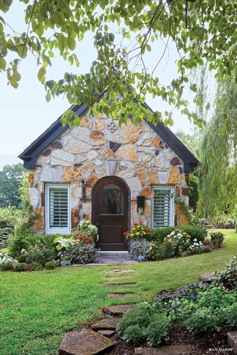 Pin von Doris Hall auf Cottages & Garden Sheds | Pinterest ...