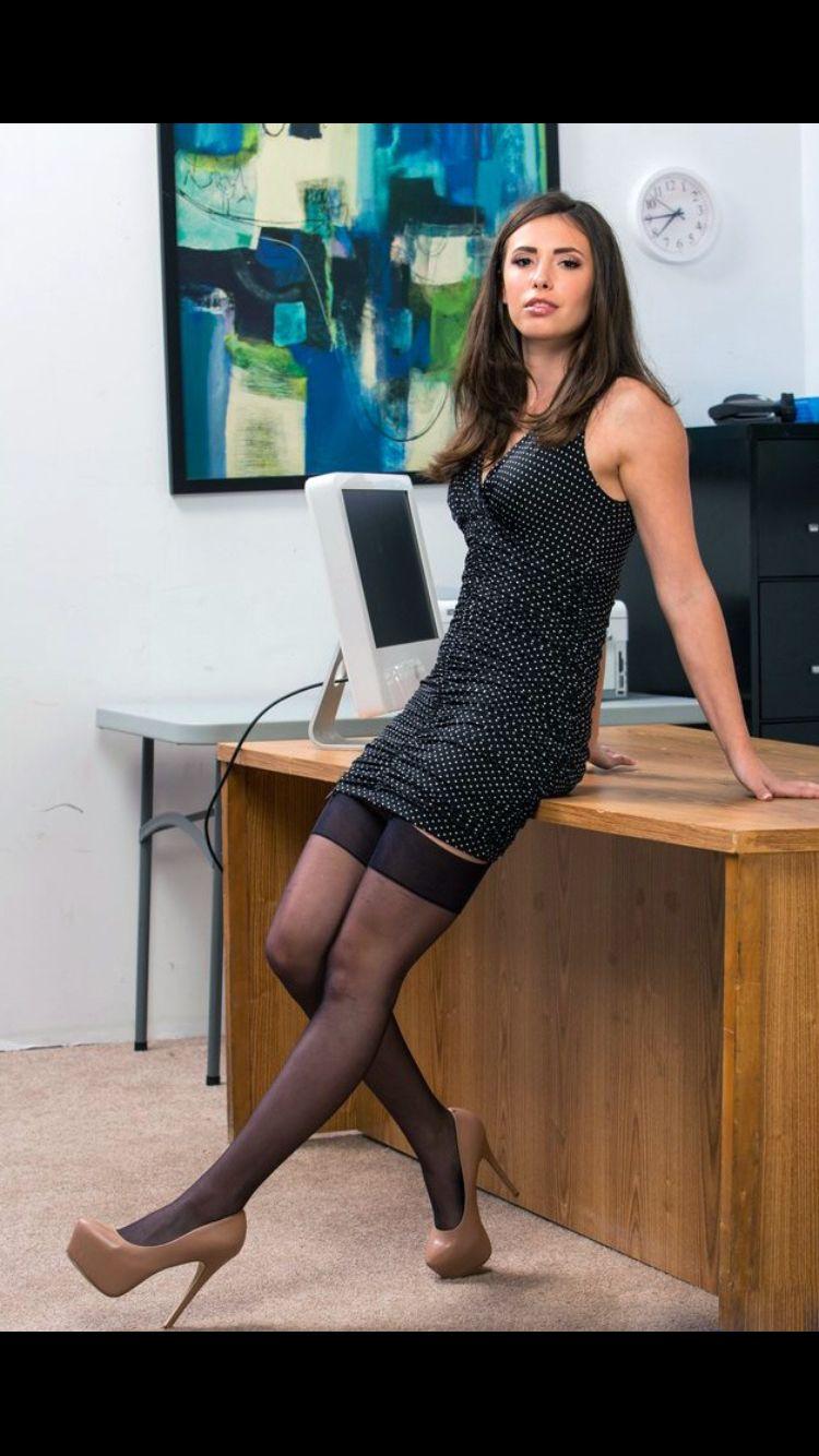 Cleavage Rosa Brighid nude (77 photo), Sexy, Cleavage, Selfie, legs 2020