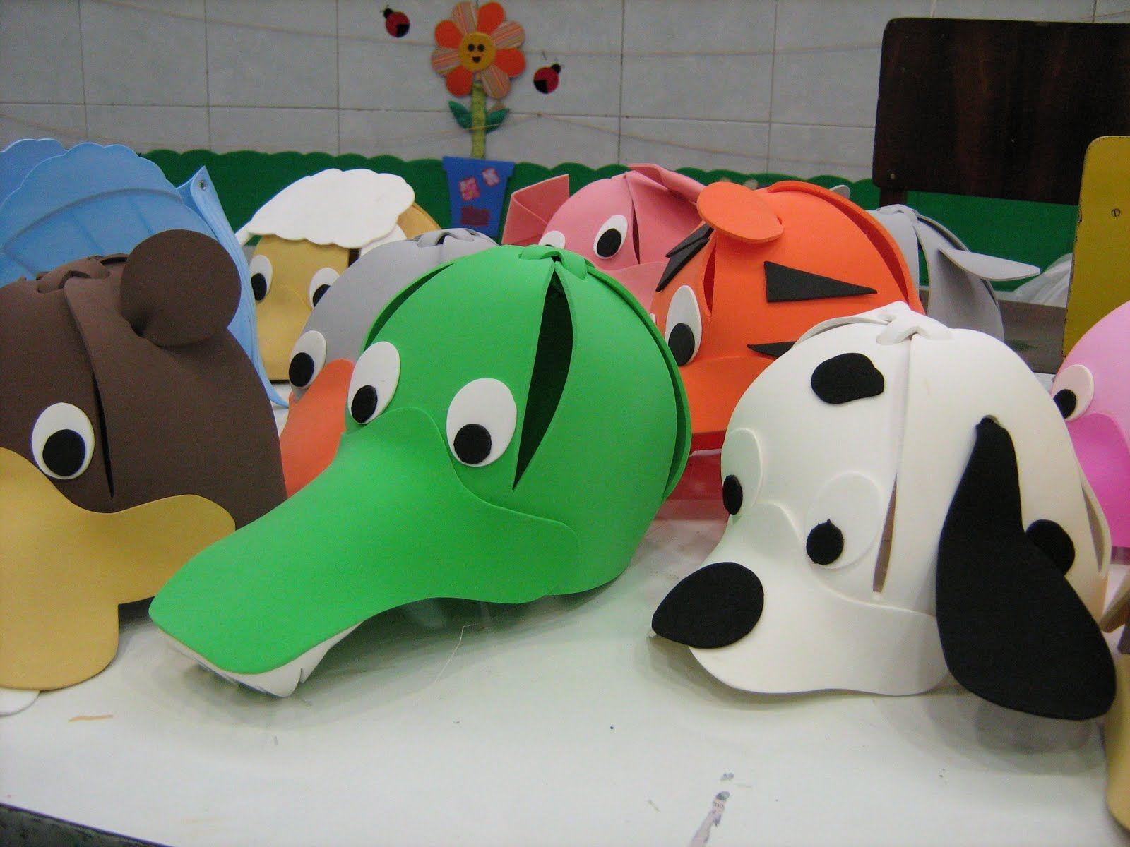 Sombreros de goma eva con animalitos