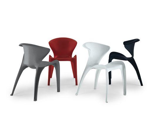 Heller Calla Chair | Design by William Sawaya C. 2001 Fiberglass-reinforced polypropylene Made in Italy by Heller