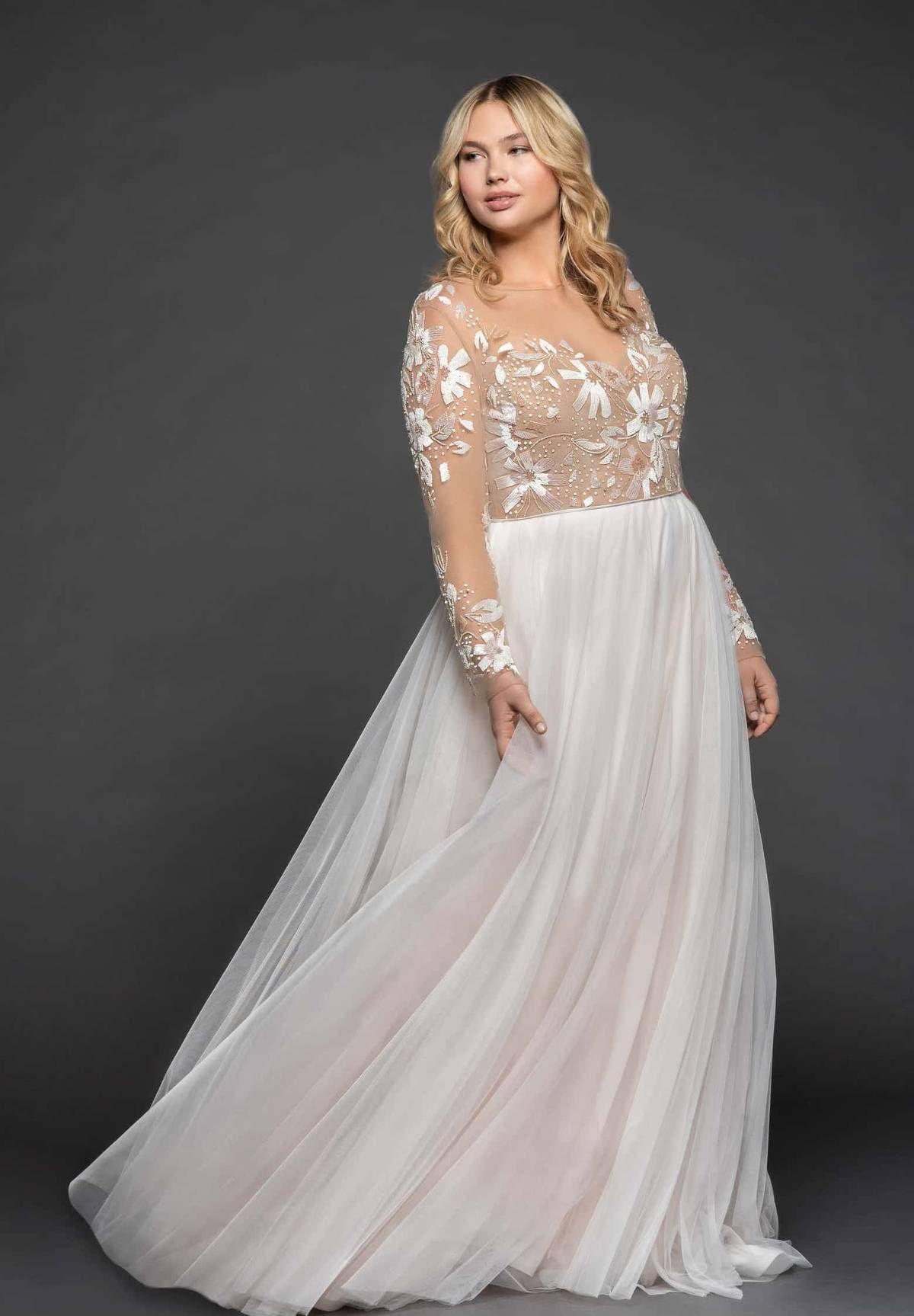 The One Dress Style Every Winter Bride Should Consider Wedding Dresses Plus Size Wedding Dress Long Sleeve Wedding Dresses [ 1727 x 1200 Pixel ]