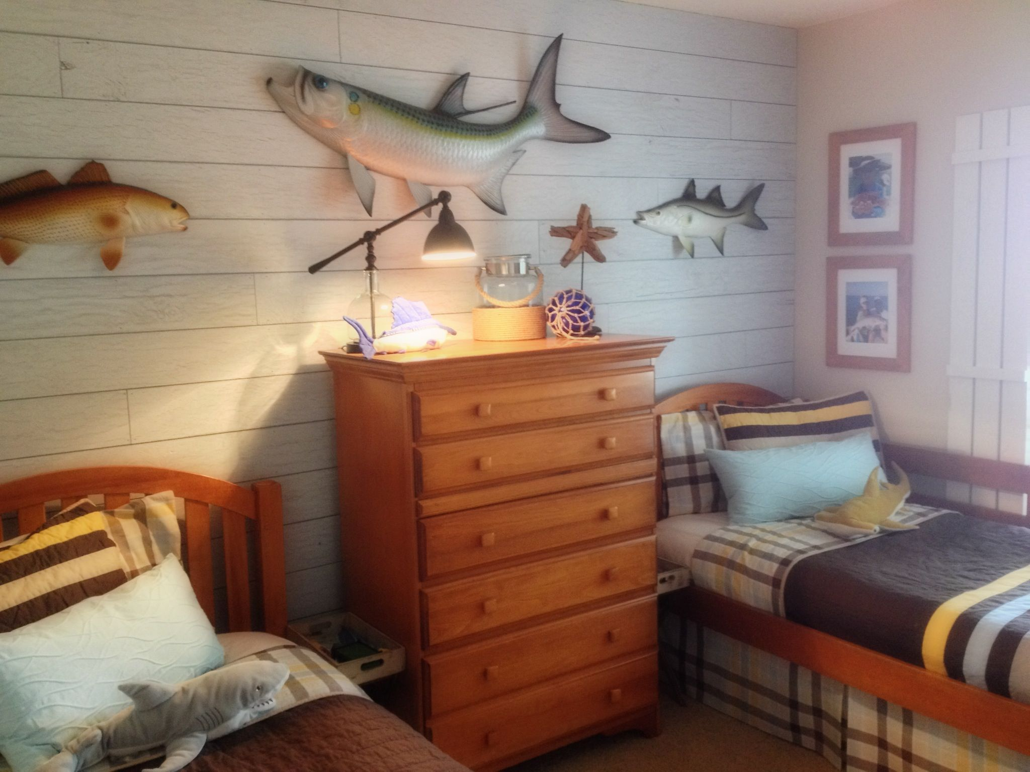 45 Ways To Add Character And Personality To A Boy S Bedroom The Happy Housie Fishing Bedroom Boys Fishing Room Fishing Themed Bedroom