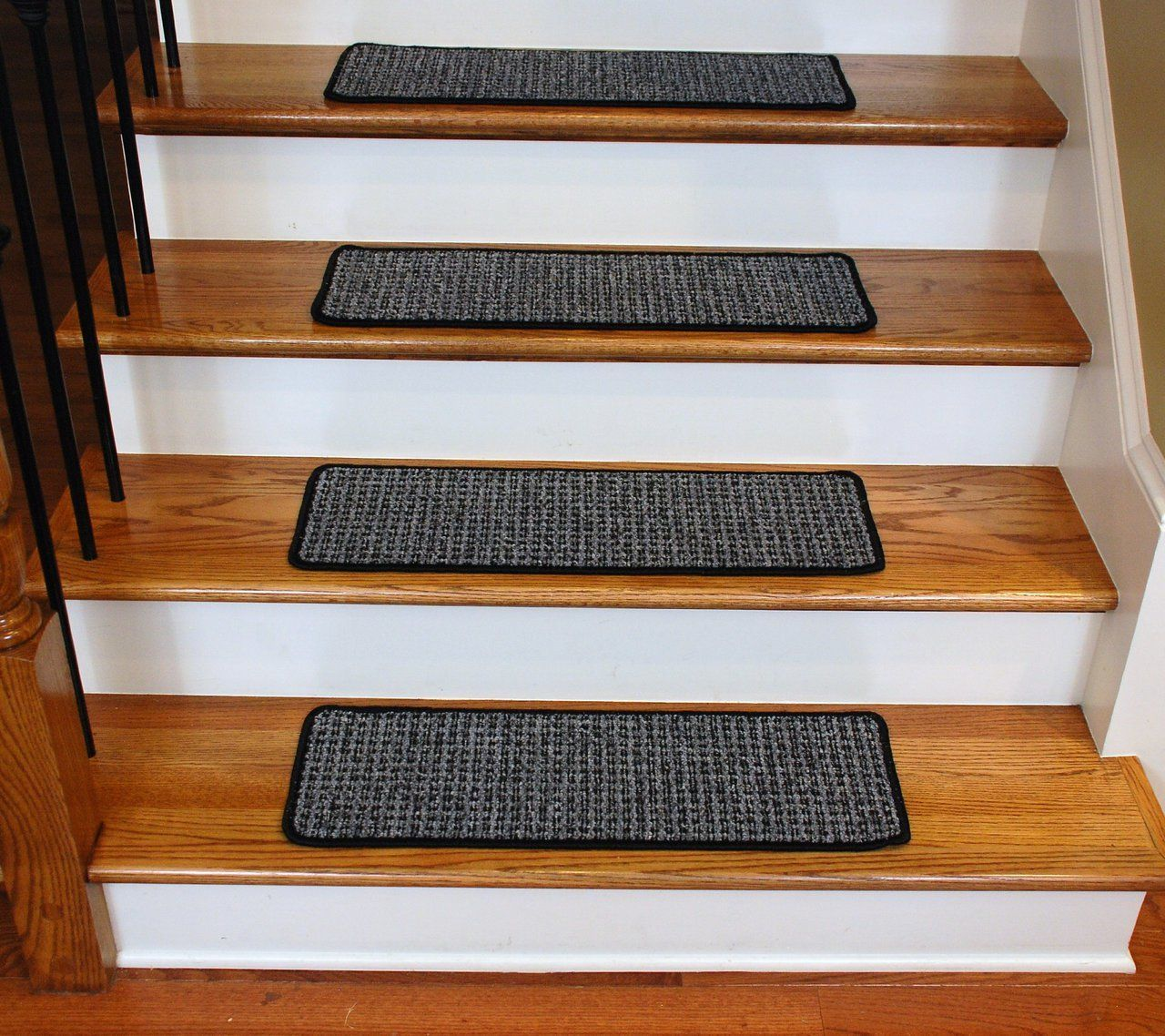 Best Washable Non Skid Carpet Stair Treads Silvered Sky 13 640 x 480