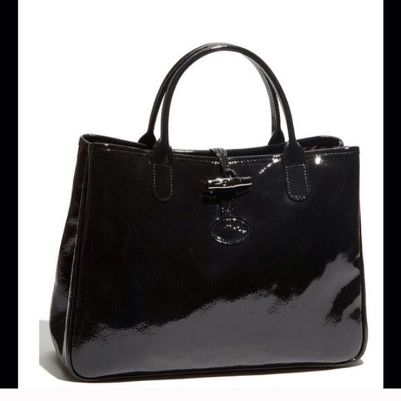 Longchamp blanco patent leather bag | Patent leather bag, Bags ...