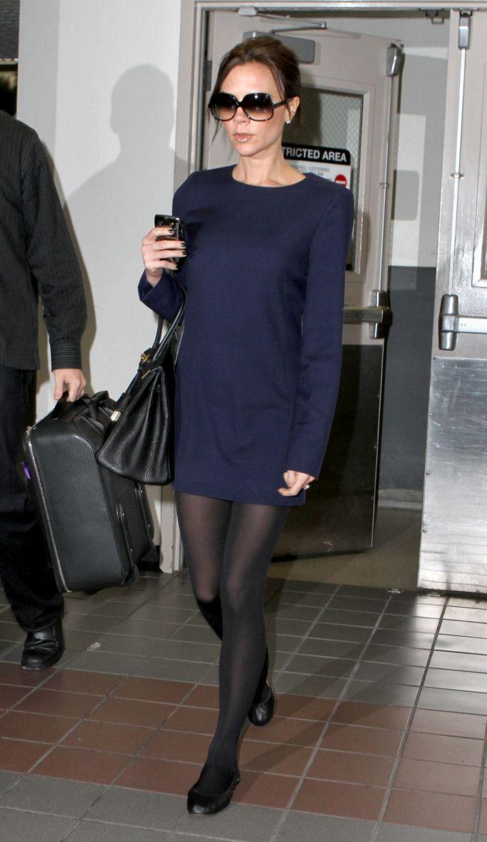 Victoria Beckham Blue Dress Black Tights Black Tights Black Tights With Dress [ 1178 x 682 Pixel ]