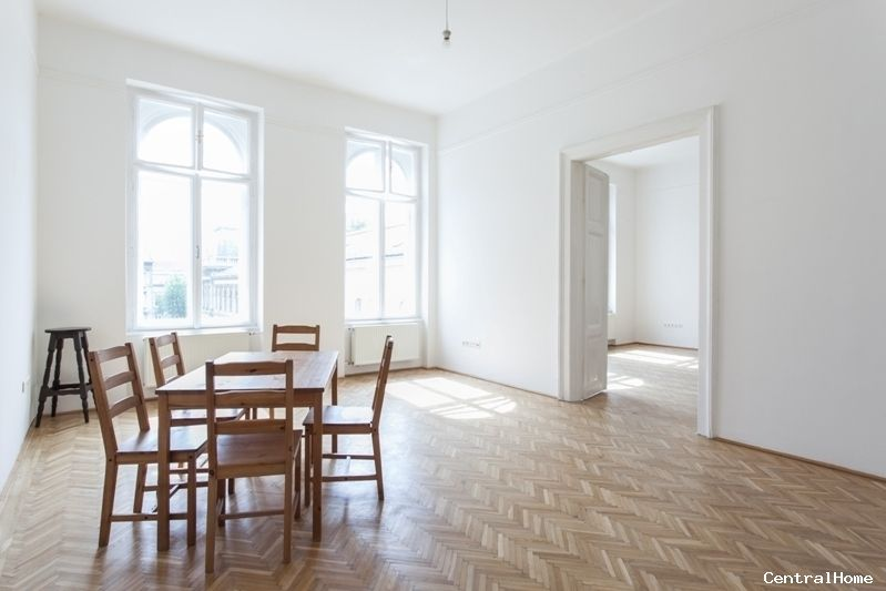 VI, Király utca  For further information check out our website: http://www.centralhome.hu/