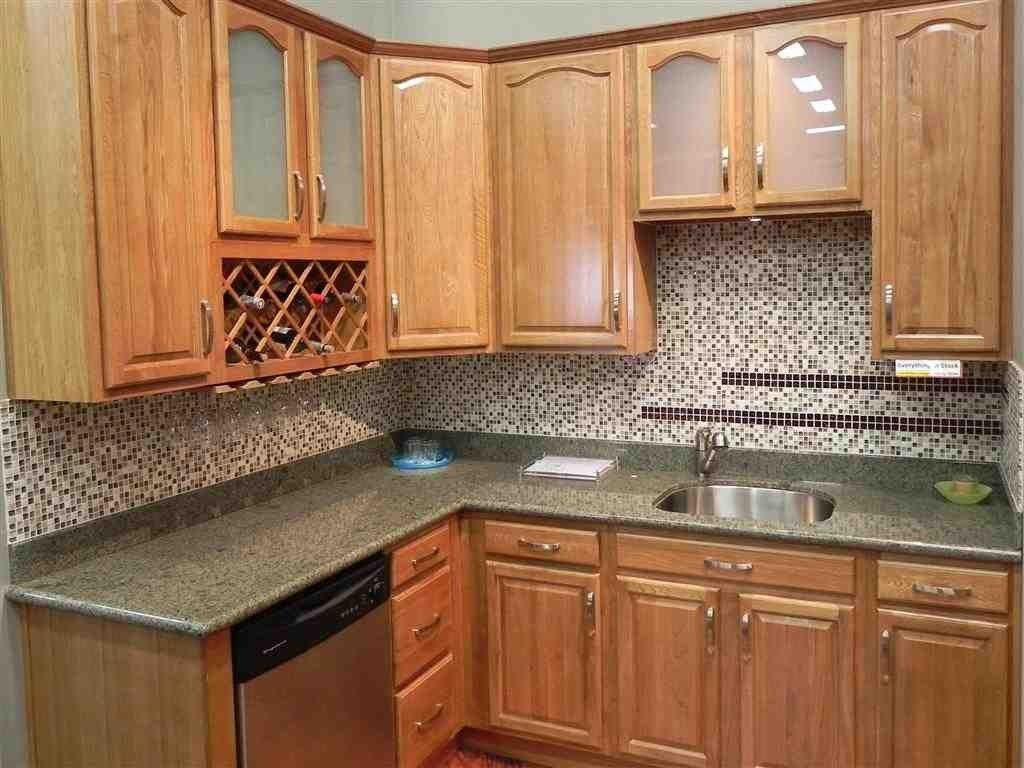 Honey Oak Kitchen Cabinets | Oak kitchen cabinets, Kitchen ...