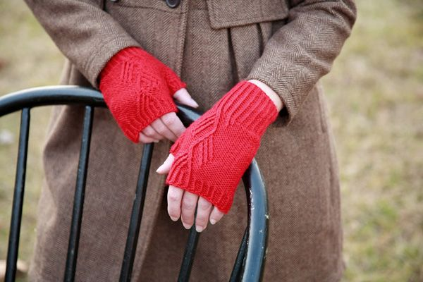 Free Knitting Pattern - Fingerless Gloves & Mitts: Wool Bam Boo Mitts