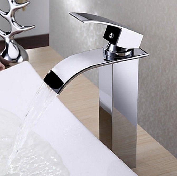 Cascada contemporánea de latón grifo del fregadero cuarto de baño ...