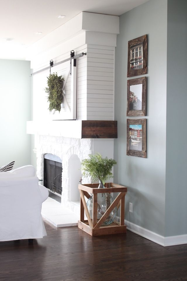 Farmhouse living room sherwin williams silver mist for Silver mist paint color